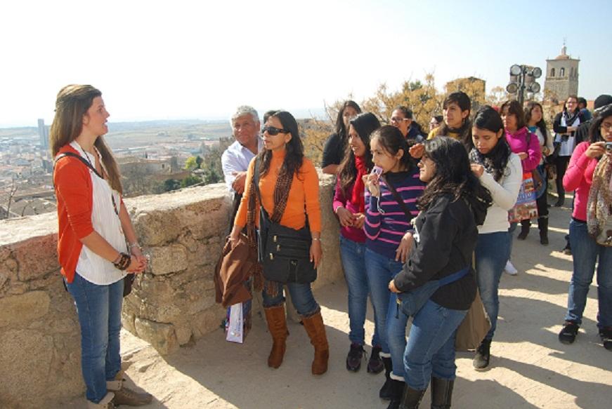 Alumnos del ciclo formativo de guía turístico realizan ya visitas guiadas