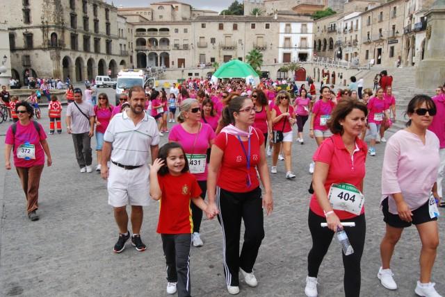 La marcha contra el c ncer en im genes for Piscina climatizada navalmoral